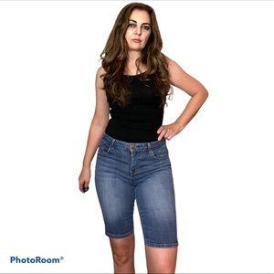 1822 Denim Blue Bermuda Skinny Jean Shorts 10
